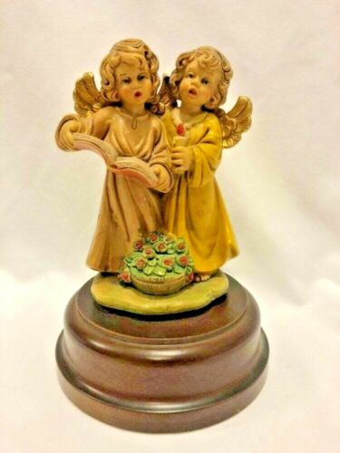 """Vintage: CAROLING CHERUBS Rotating MUSICAL ANGELS 6"""" Tall Figurine Made in Italy"""