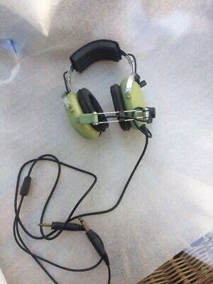 David Clark Co model H10 40 Pilot 2 way headset