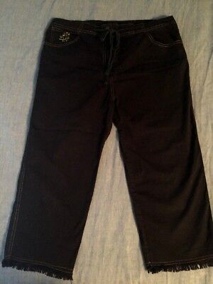 Black April Cornell Capris Size Medium Frayed Bottoms, Made in India for sale  Pompano Beach