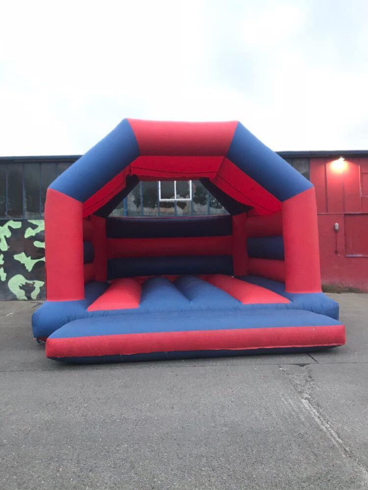 Bouncy Castle - Huge - Large - Adult