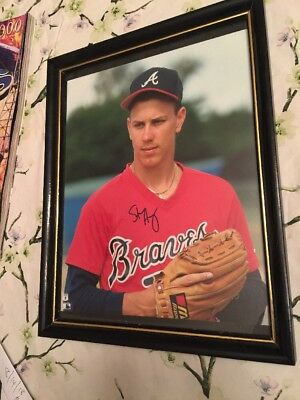 Steven Avery Atlanta Braves autographed picture in frame.