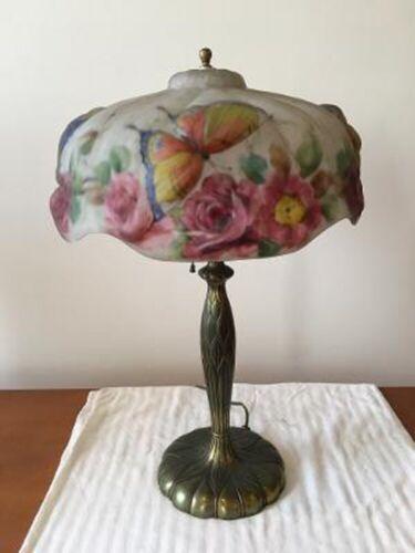 Pairpoint Puffy Papillion Lamp