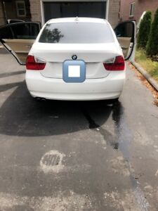 2008 WHITE BMW 3 Series CLEAN And well MAINTAINED sell as it is