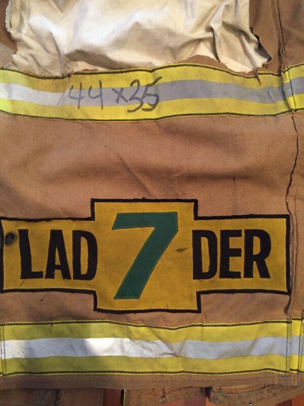 Firefighter Turnout / Bunker Gear Coat Globe 44x35 DCFD Ladder 7 Patch