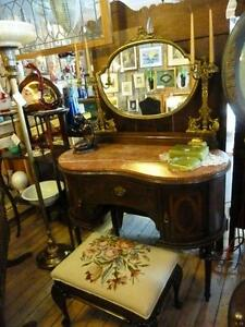 *****^*^*^ANTIQUE FRENCH DRESSING TABLE*^*^*^*****