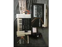 Arturia microbrute - as new with box/manual