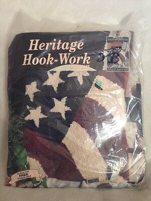 "Bernat Heritage Hook Work American Spirit Flag Kit 12""X12"" W/ Tool 95-1512-00 ="