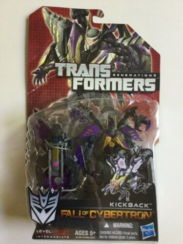 Transformers Generations Deluxe Kickback