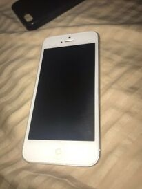 iPhone 5 16gb unlocked white/silver