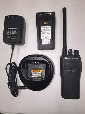 Motorola Cp200 Vhf 4 Ch Radio 146-174 Mhz Good Condition With Battery Charger