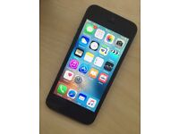 Apple iPhone 5 32GB. **UNLOCKED**. VGC/ Perfect Working Order.