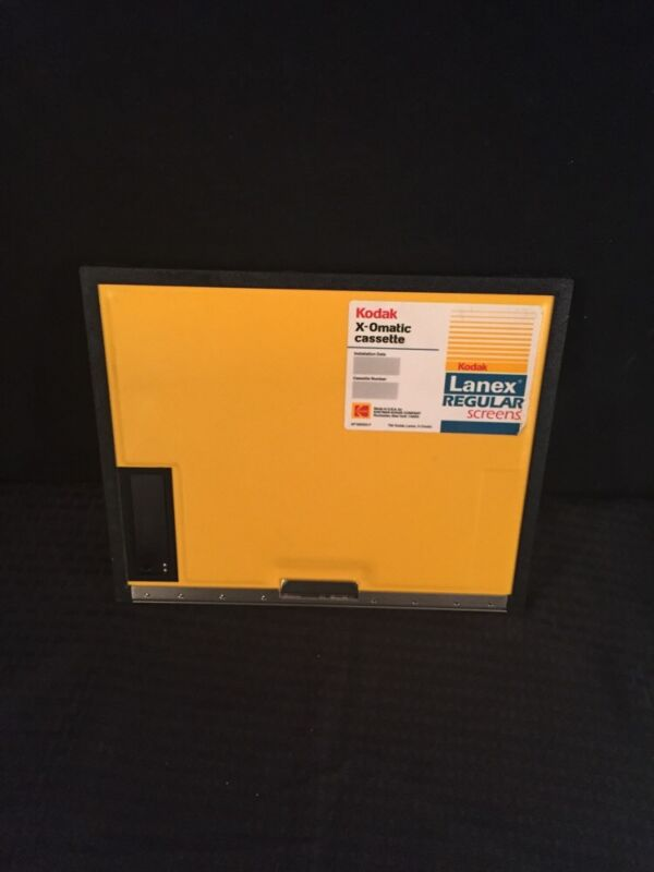 Kodak X-omatic Cassette Lanex Regular Screens 24x30cm Good Condition