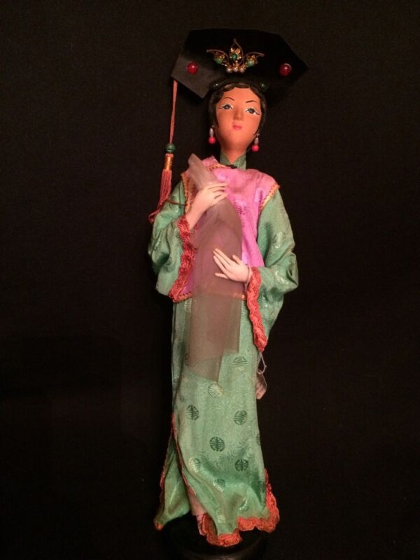 "Antique Handmade Stockinette Cloth Chinese Character ""Hoga Girl"" Opera 16"" Doll"