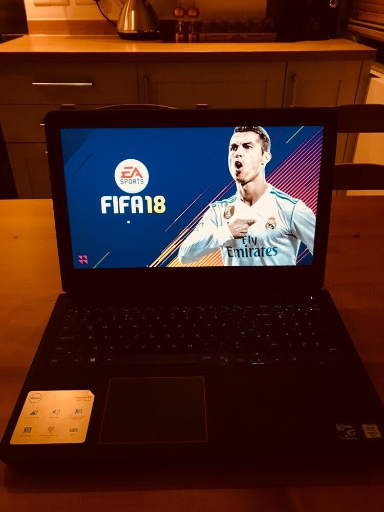 """i m selling my gaming laptop dell inspiron 15"""" 7000 series top specs"""