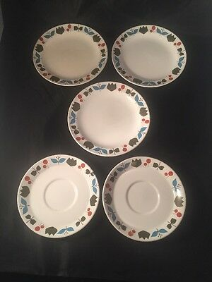 Midwinter Staffordshire Shapes Designed By The Marquis Of Queensberry Plates