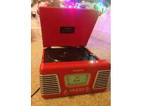 Steepleton Roxy 1 vinyl player