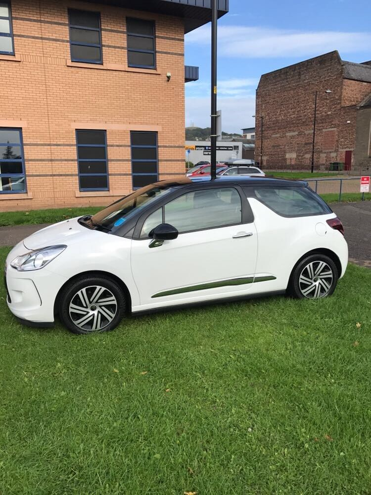 I'm selling my lovely car citron Ds3