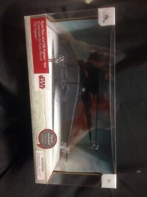 Star Wars The Last Jedi Kylo Ren   Tie Fighter Set Nib  2017 Disney