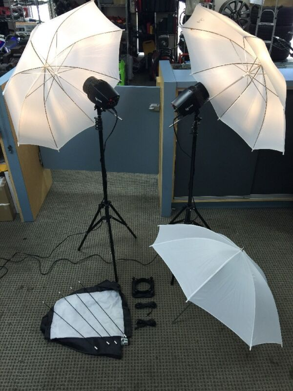 "LS JSINTK Series Studio Strobe 33"" Umbrella Softbox Flash & Strobe Lighting Kit"
