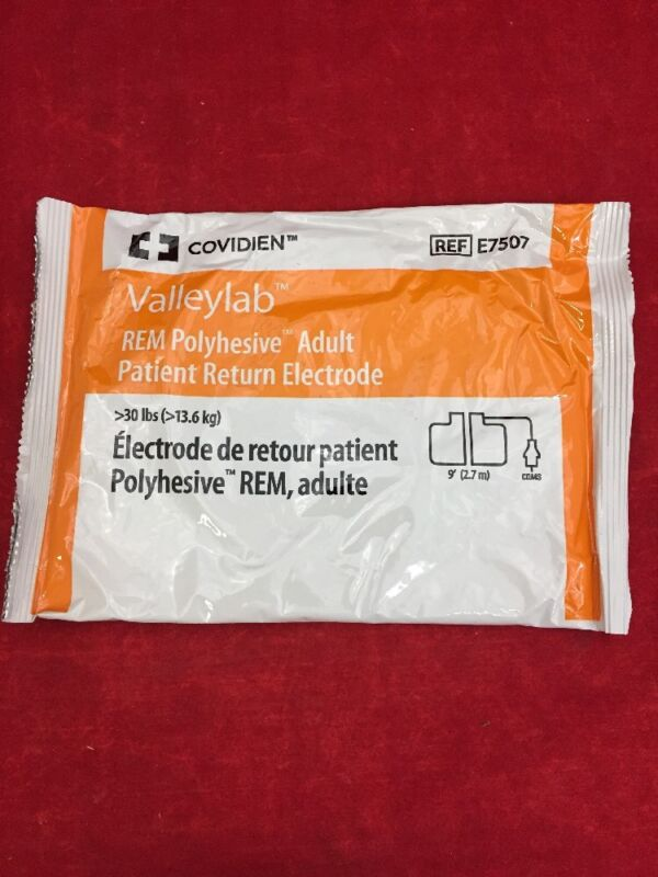 One Covidien Valleylab Rem Polyhesive Adult Patient Return Electrode E7507