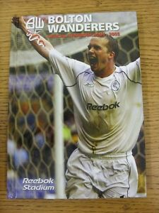 2004-2005-Bolton-Wanderers-Official-Yearbook-Hardback-Book-Style-Publicatio