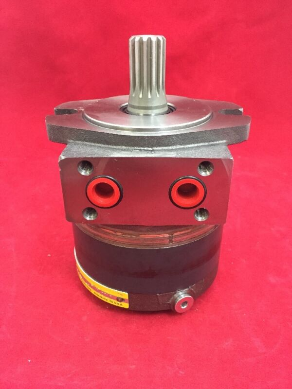 ONE NEW PARKER HANNIFIN Hydraulic Motor 73131 C116A-106-AM-0