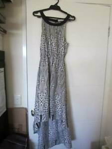 Ladies clothes brands, New-excellent condition price is for the lot!