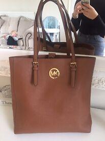 Genuine Michael kors large tall tan shopper hand bag handbag