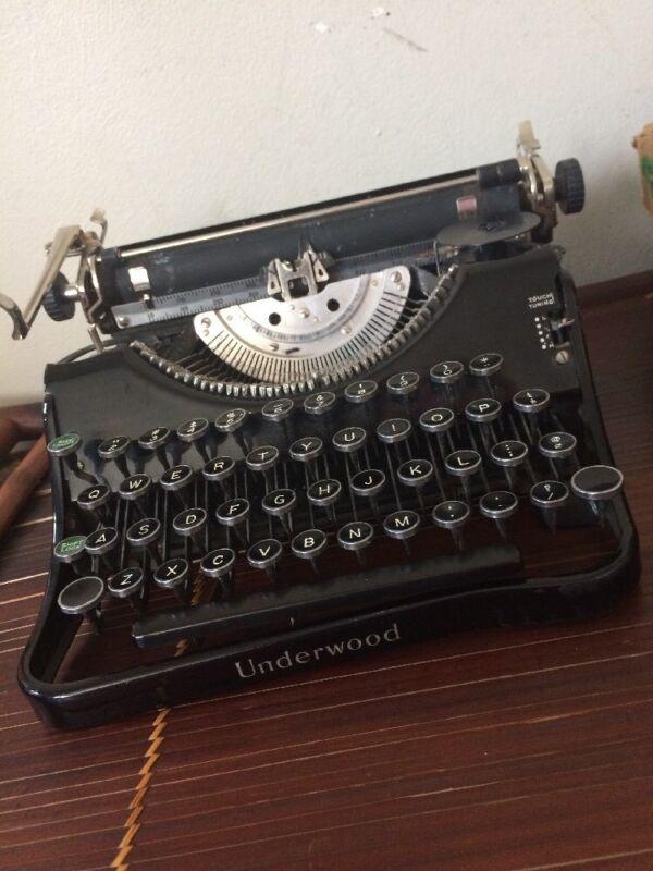 Antique Underwood Model F Working Black Typewriter 1936 #D02883 Collectible