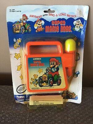 Vintage 1989 Nintendo Super Mario Bros AM Radio w Singalong Microphone Playtime