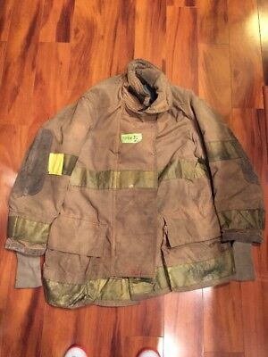 Firefighter Turnout Bunker Coat Globe 44x35 Halloween Costume 1993