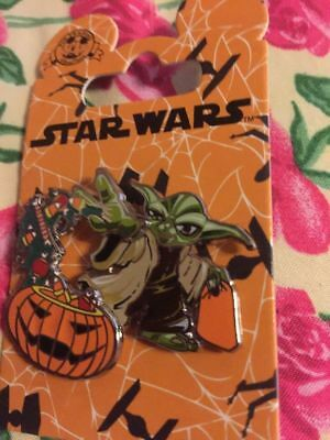 Disney Halloween 2016 Yoda mit Bonbon Star Wars Jack O Laterne Kürbis Pin