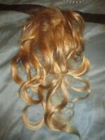 beautiful blonde hairpiece (hairclip)