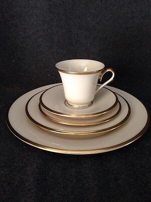 Lenox China Eternal 5 Piece Place Setting Dimension Collection Gold Trim