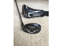 Titleist 915H #3 21 degree hybrid