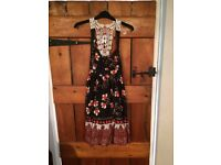Miss Selfridge Size 6 Summer Dress