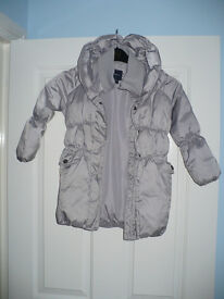Gap PaddedJacket for Girl 7 years. Very good condition!