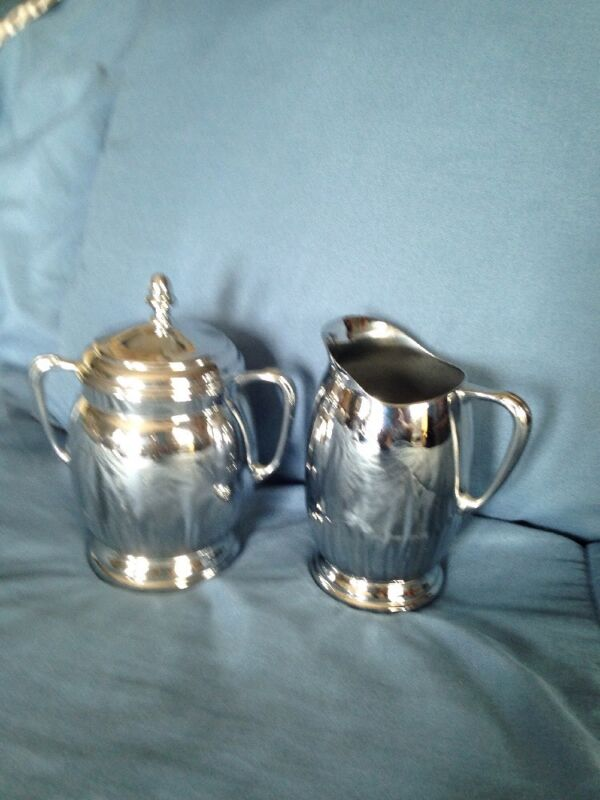 Vintage Farber Bros. Chrome  Krome  Kraft Sugar & Creamer