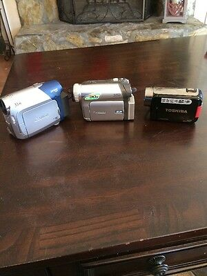 LOT of 3 Camcorders Canon ZR800, Toshiba Camileo H30, Panasonic PV-GS35!