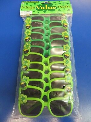 St Patrick's Day Green Shamrock Pot of Gold Holiday Party Favor Gift Sunglasses