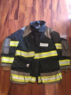 Firefighter Cairns Turnout Bunker Coat 44x32 Black Halloween Costume