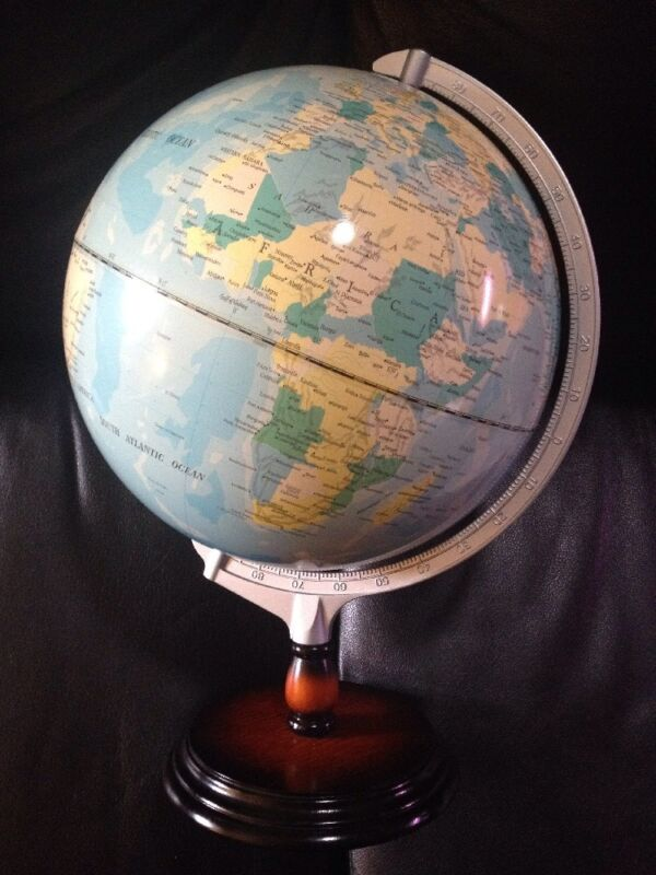 "AUSTRALIAN GEOGRAPHIC 12"" WORLD GLOBE TWO-TONE WOOD BASE TIME ZONES"
