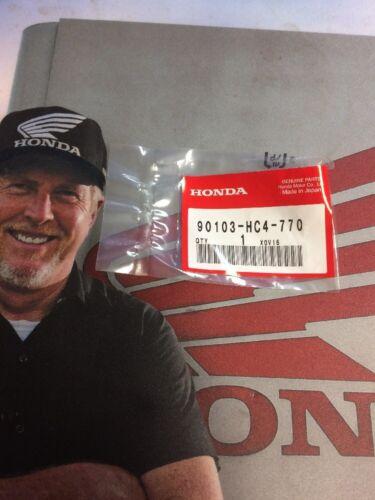 90103-HC4-770 Honda Splash Guard Screw Genuine Honda OEM