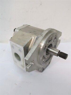 Shimadzu 3g5385x Hydraulic Pump - Replaced By Cat 8j8809