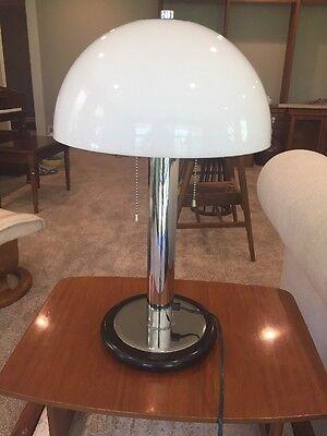 Vtg  Kovac Style Mid Century Modern Mushroom Chrome Lucite Table Lamp