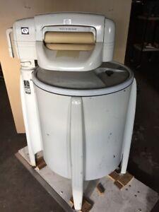 Working antique washing machine