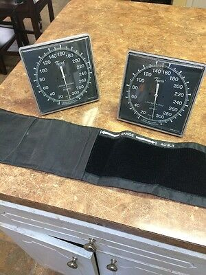 Lot Of 2 Ce0050 Wall Mount Sphygmomanometer With 1 Cuff