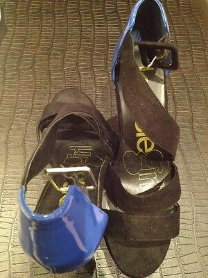 WOMENS KENSIE GIRL BLUE/BLACK FAUX SUEDE AND LEATHER WEDGES SIZE 6