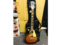 Beautiful sounding electric guitar, with carry case relocation forces sale