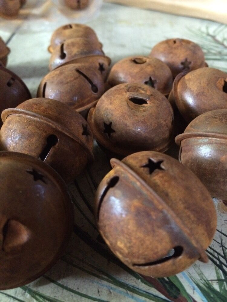 """SET OF 20 JINGLE BELLS 1.5"""" 1 1/2 in Primitive Rusty Tin 38mm Christmas Crafts"""